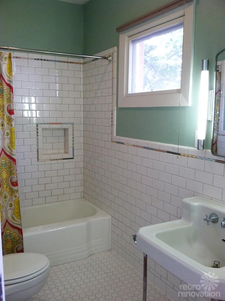 Vintage Tile Liner Green with White Stripe