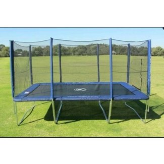 Trampoline without enclosure