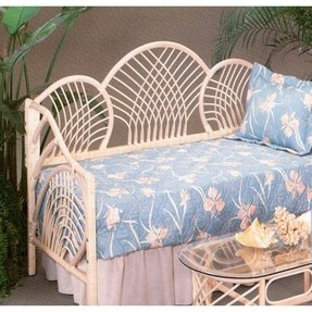 Yesteryear Wicker Pan Pacific Daybed, White Wash, Wicker, Twin