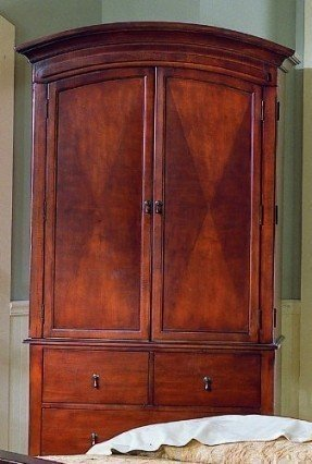 Charmant Cherry Armoire