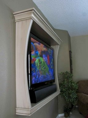 Shelf frame for a tv