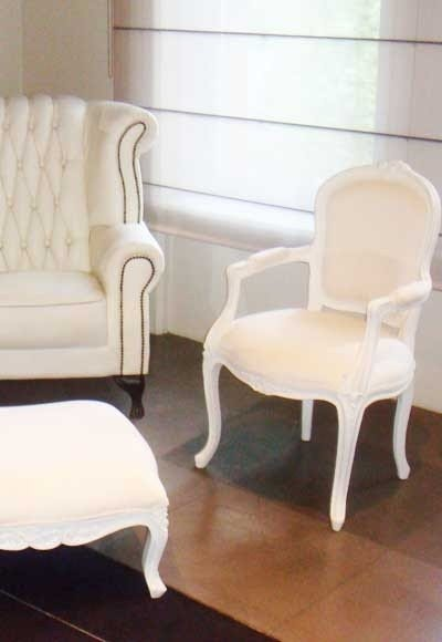 Charmant White French Provincial Dining Room Set