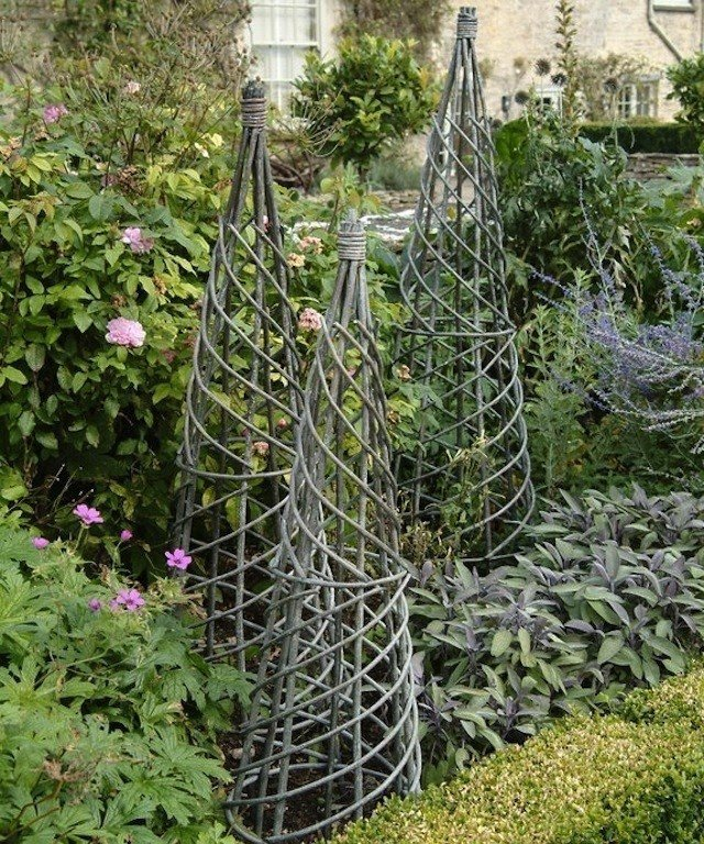 Captivating Garden Obelisk Trellis 4