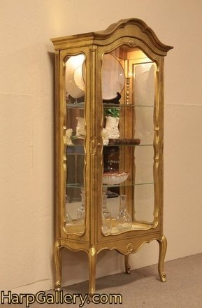Incroyable Gold China Cabinet