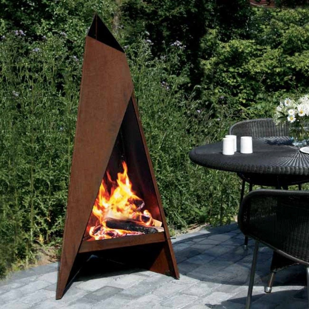 Steel outdoor fireplace 10