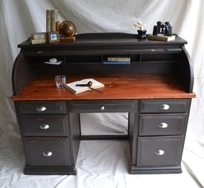 Black roll top desk