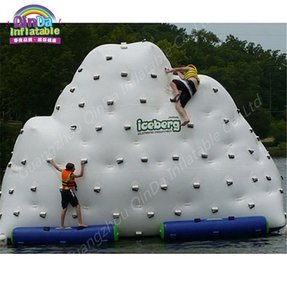 Inflatable party raft