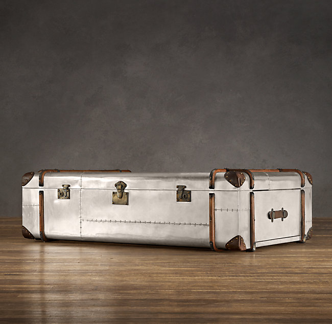 Elegant Large Trunk Coffee Table 6