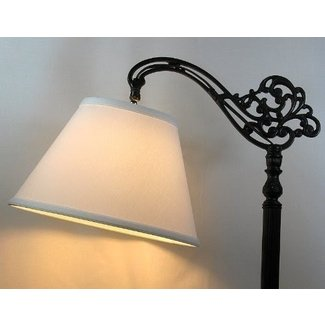 Screw on lamp shade