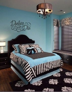 Black and teal bedding