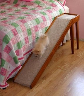 Cat ramp for bed 1