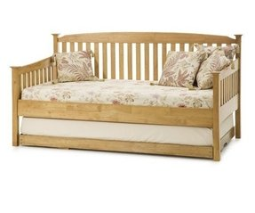 Oak Daybed With Pop Up Trundle