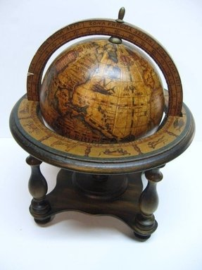 Antiqued old world syle desk top globe