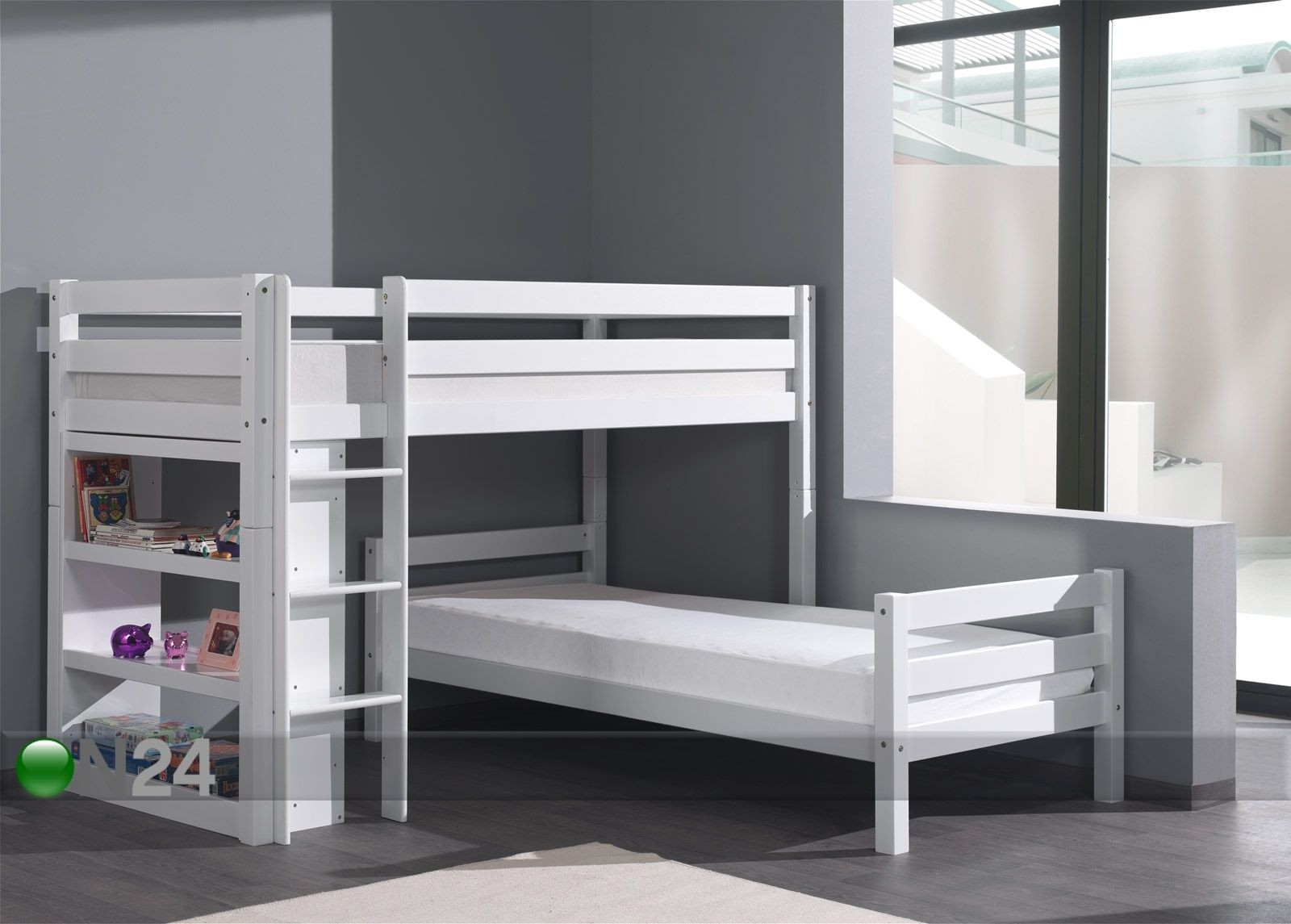 Corner Unit Twin Beds