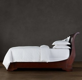 King size cherry sleigh bed
