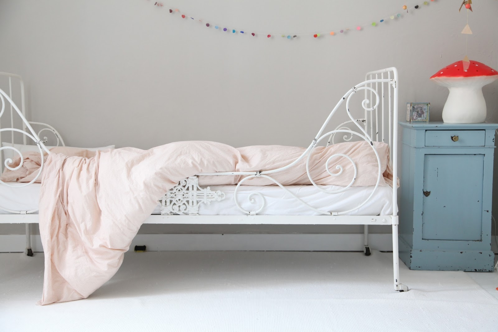 Metal Toddler Bed - Foter