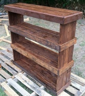 Rustic reclaimed pallet furniture shoe