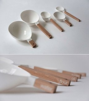 Scoop measuring cups 1