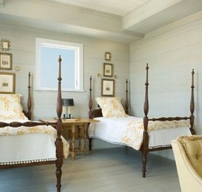 Twin four poster bed 1