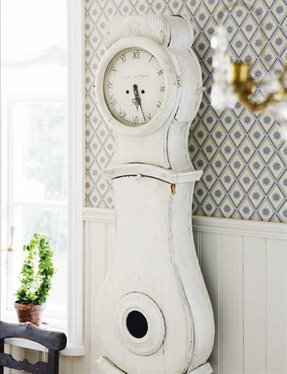 White Grandfather Clock 2