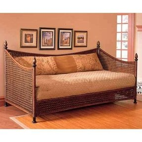 Wicker daybed frame 1