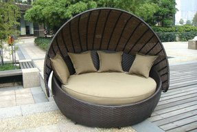 Wicker daybed frame