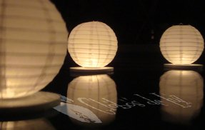 Floating paper lanterns 10 pack