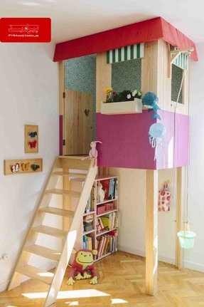 Indoor play house 1