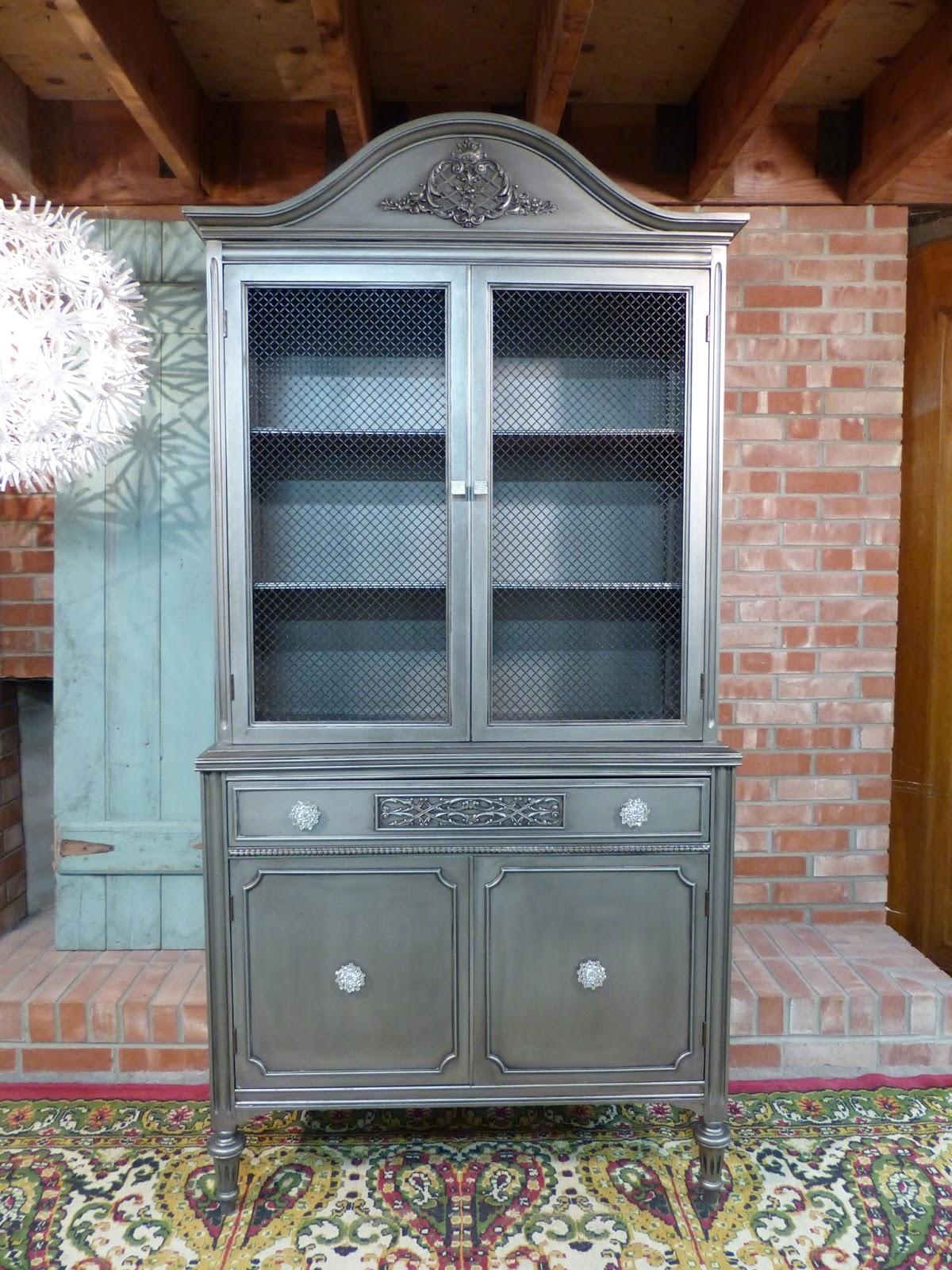 Beau Metal Linen Cabinet 13