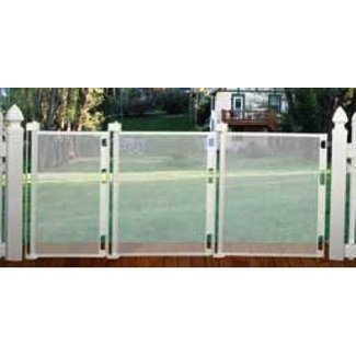 Outdoor retractable gate 4