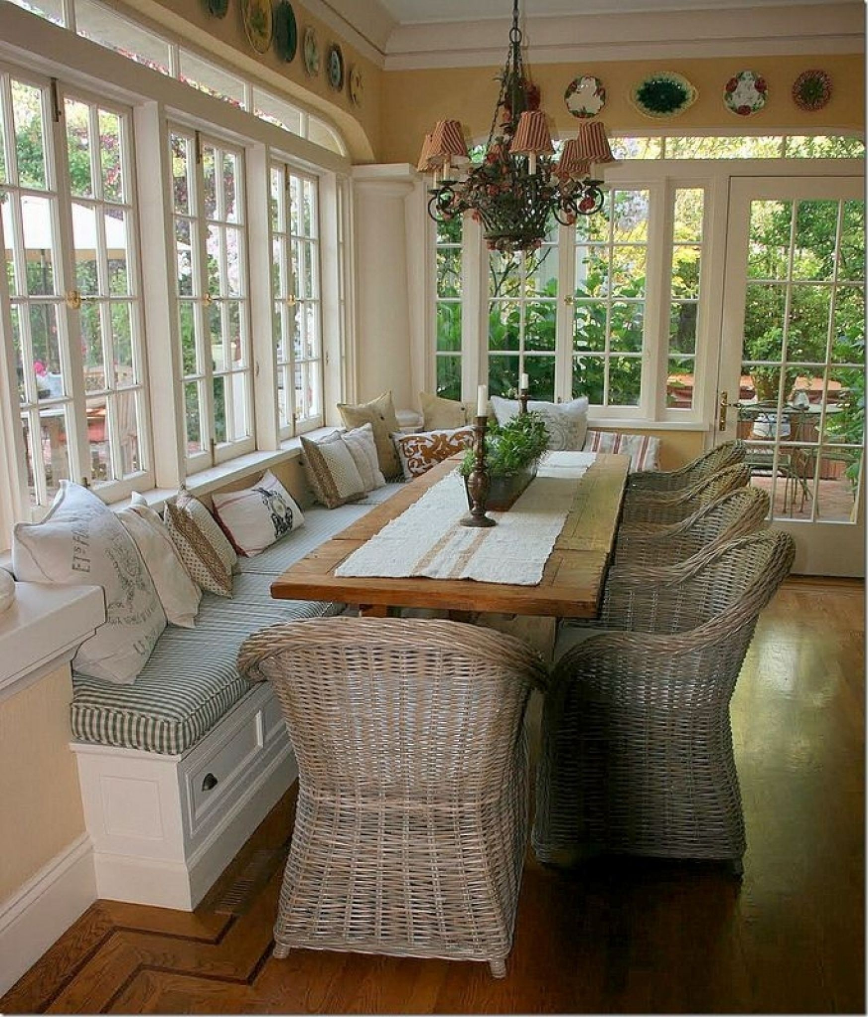 Screened In Porch With Built In Bench Seating Could Use
