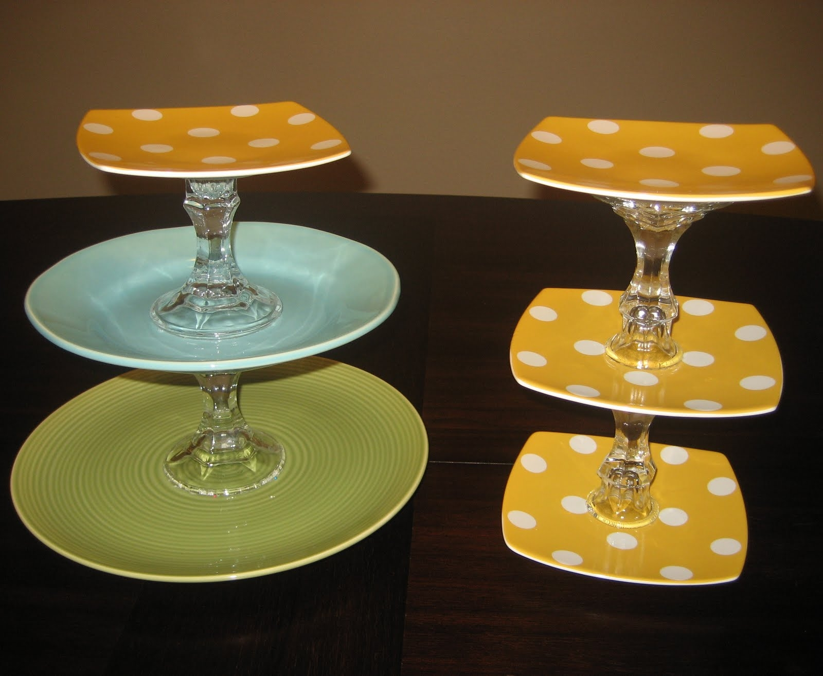 Tiered plate holder 10 : table plate holder - pezcame.com