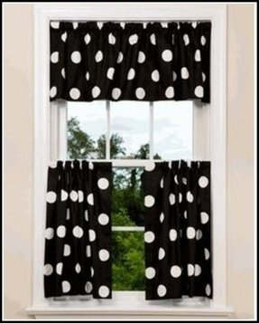 Black and white polka dot valance 1