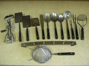Just like mama had vintage flint arrowhead ekco cooking utensils