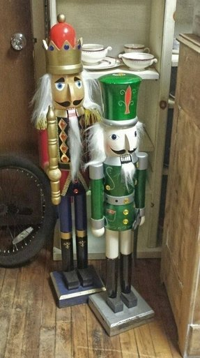 Large nutcrackers for sale 2