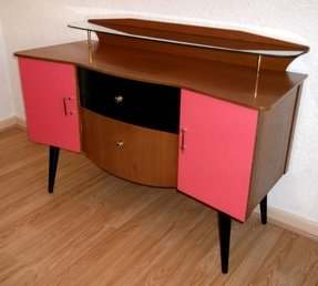 Pink tv stand 20