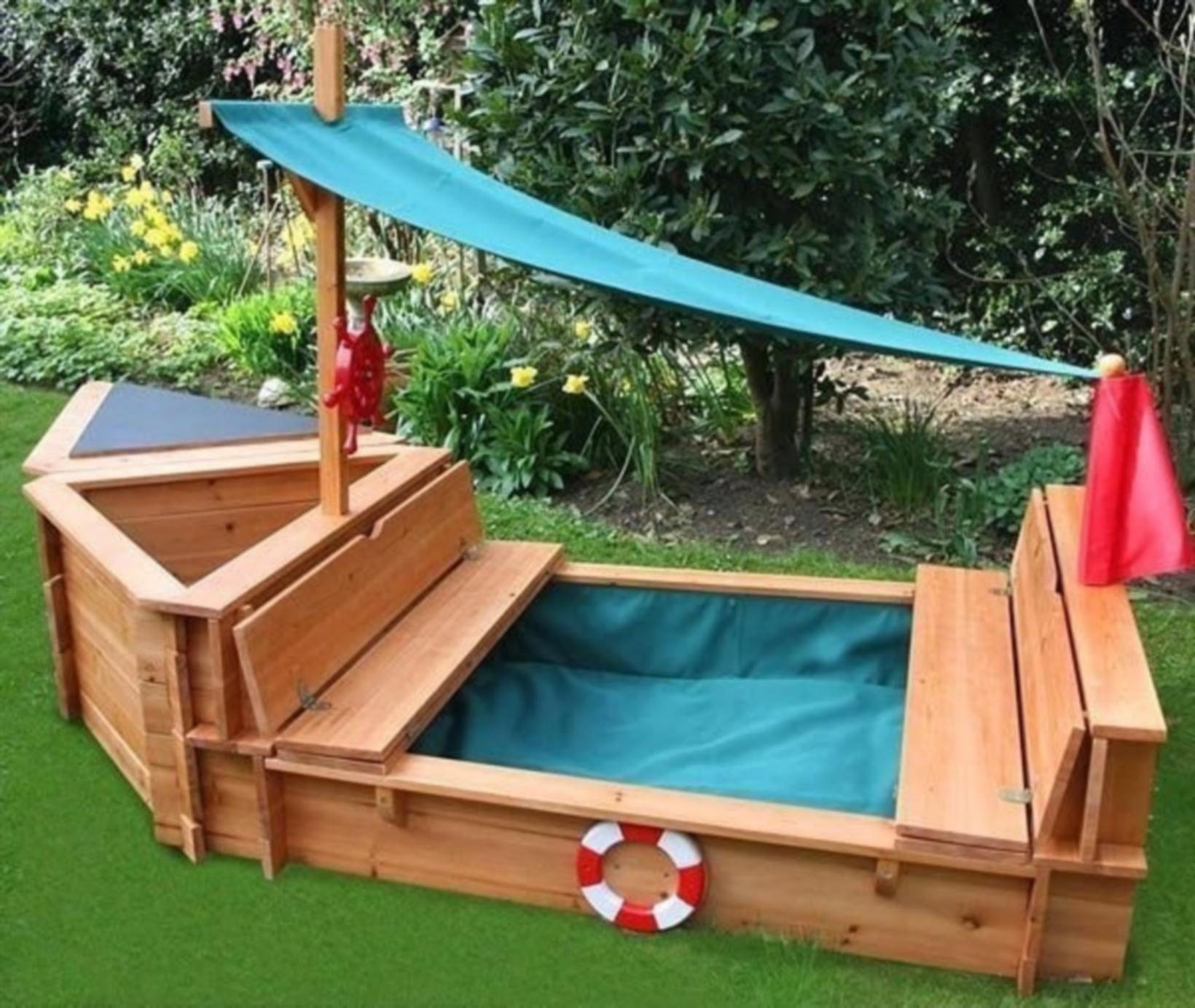 Incroyable Wood Sandbox With Cover 1