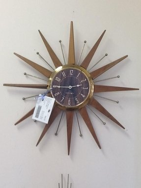 Electric kitchen wall clocks