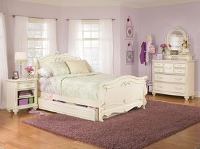 Jessica mcclintock bedroom