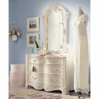 Jessica mcclintock furniture romance collection