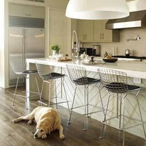 Wire bar stools 2
