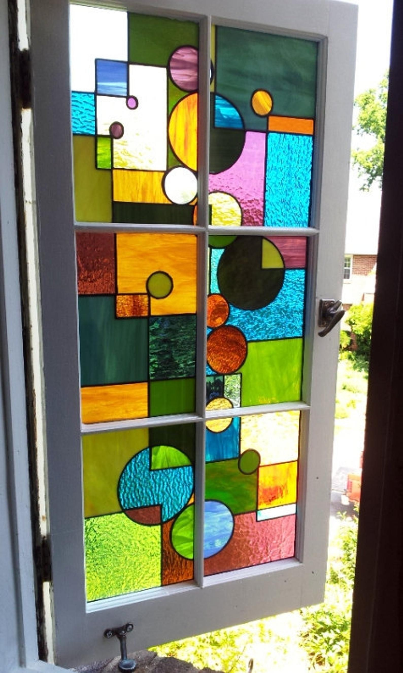 Stained glass window geometric splash w