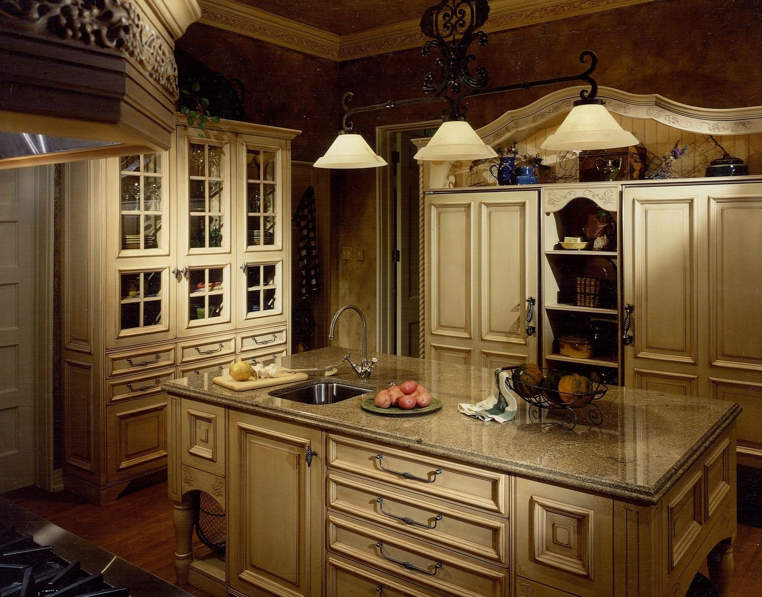 French Country Cabinets 3