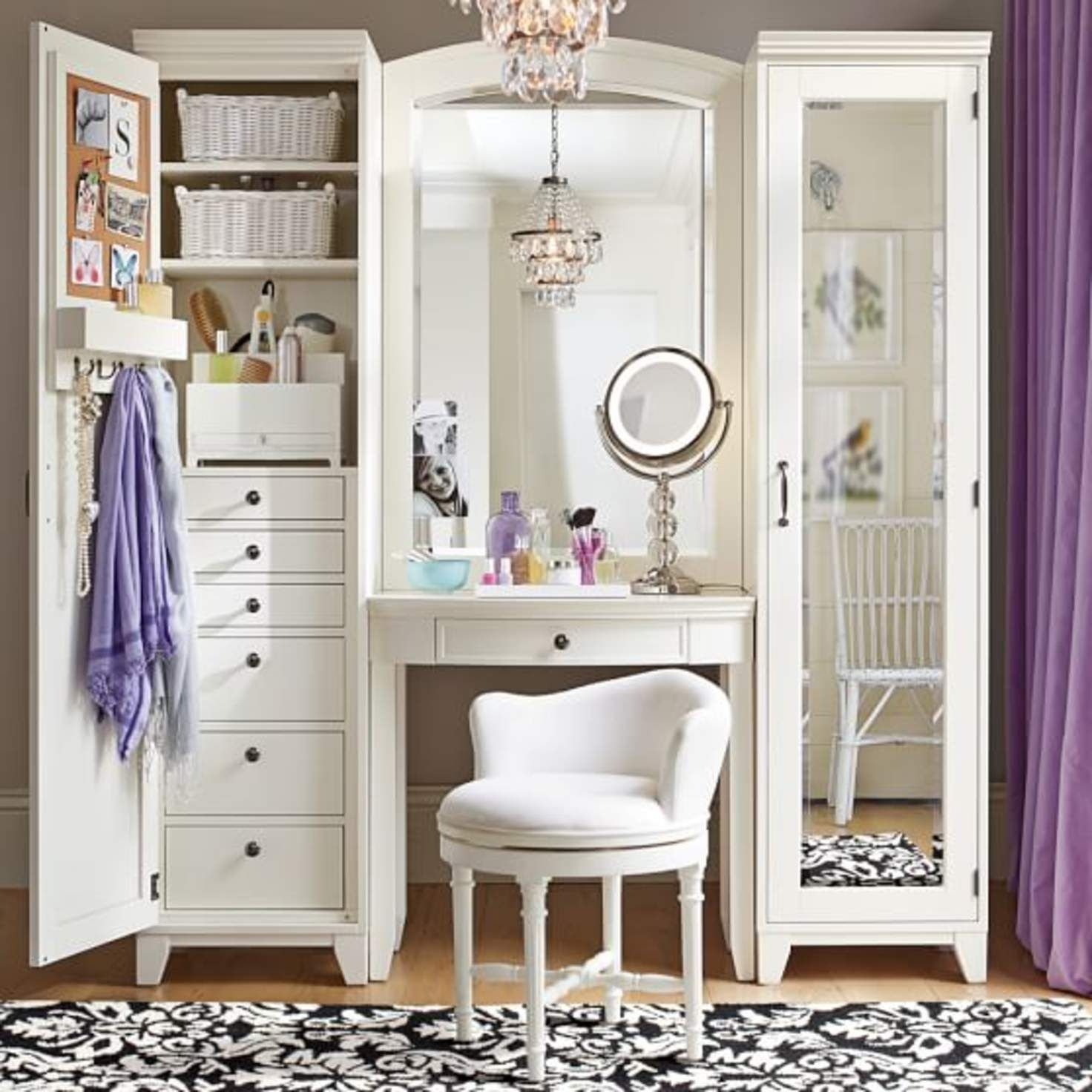 Ordinaire A Chic White Vanity Unit. A Full Door Cabinet Has Shelves And Drawers. A  Glazed Door One   A Mirrored Back And Glass Shelves. An Arched Wall Mirror  Is Over ...