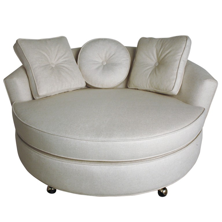 Round Chaise Lounge Chair 1