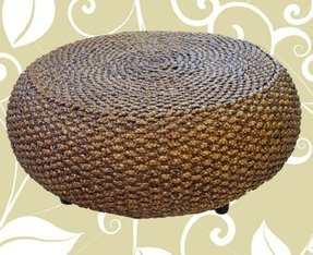Round rattan coffee table 1
