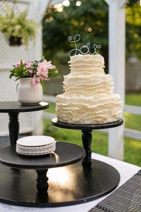 how to cut a square tiered wedding cake tiered pie stand foter 15623