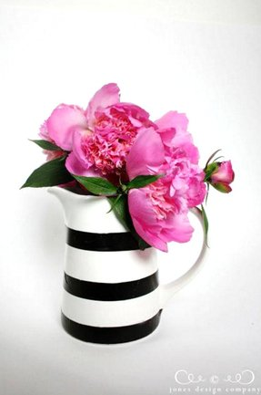 Black and white vase foter black and white vase 4 mightylinksfo