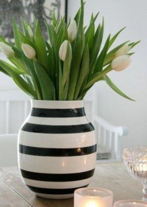 Black and white vase foter black and white vase mightylinksfo