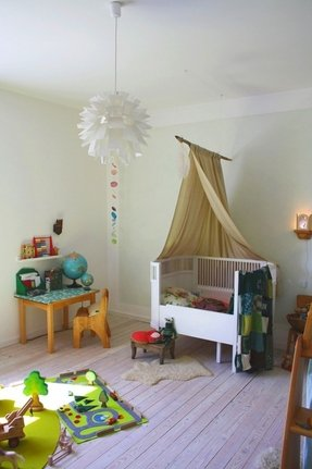Toddler canopy beds foter for Raumgestaltung waldorf